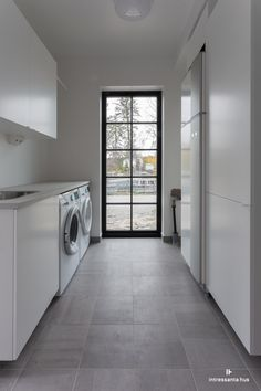 Outdoor Laundry Rooms, Modern Laundry Rooms, Laundry Room Bathroom, Cabin Design, Küchen Design, House Design, Beddinge, Laundry Room Inspiration, Garage Interior
