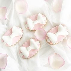 #cookies#cookiefavors#perthcookies#cookiesperth#pastel##desserttable#perthdesserts #perthsweets #perthdesserttables#perthparties #perthcreatives#perthblogger #perthisok #perthfood #my_petite_sweets_perth #theperthcollective #perthpop #sweetmagazine #oipfeature #perthkids#perthcakes#cakesofperth#urbanlistperth
