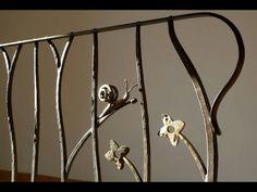 Ringhiera ferro forgiato, fiori e lumaca. www.ferro-battuto.net