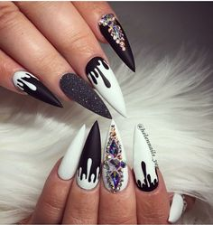 10 Stunning Very Cool Nails Nail Art Designs Every woman needs to have some nice, clean, and cool nails. This is a hard thing to do for some people, because it takes a lot of effort and time to k. Dope Nails, Glam Nails, Matte Nails, Stiletto Nails, Nails Polish, Beauty Nails, Stylish Nails, Trendy Nails, Black White Nails