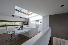 Haus SK - muenchenarchitektur Passive House, Corner Desk, Loft, Windows, Architecture, Bed, Building, Furniture, Home Decor