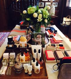 Would you like to host a Get Together? You can! www.indiahicks.com/rep/ericamoses #india hicks # holiday2016