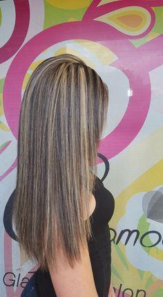 Saterdag Med Short Hair Styles, Curly Hair Styles, Blonde Hair Looks, Red Ombre Hair, Brown Hair With Blonde Highlights, Birthday Hair, Medium Hair Cuts, Balayage Hair, Hair Dos