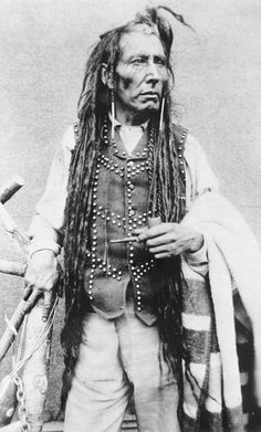 Native American Chief Poundmaker (Pītikwahanapiwīyin)