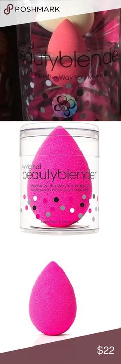 Double beauty blender.. Beige and pink mini beauty blenders Beauty blender Makeup Foundation