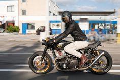 Suzuki GS750 John Player Special Cafe Racer (@michiel_vs) [TAGS] #caferacerpasion #suzuki #riding #caferacer #motorcycles #motos | caferacerpasion.com