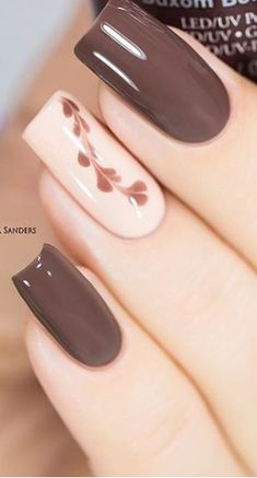 Unghie in gel caduta, nail art autunnale, nail art marrone, unghie marroni, Nude Nails, Pink Nails, My Nails, Classy Nail Designs, Gel Nail Designs, Nails Design, Brown Nail Designs, Design Design, Fall Nail Art