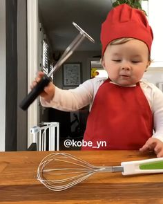 Cute Funny Baby Videos, Cute Funny Babies, Funny Videos For Kids, Funny Kids, Cute Little Baby, Baby Kind, Little Babies, Cute Kids Pics, Cute Baby Pictures