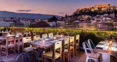 Η Αθήνα στο πιάτο: 11 δροσερές ταράτσες στην πόλη με θέα 360 μοιρών