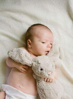 Niedliche Fotoidee passend zu Ostern. #baby #baby2016 #ostern #fotoinspiration #osterhase #fotoshooting #happyeaster #kleinkind