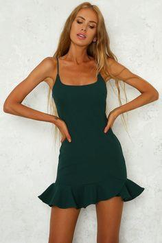 Velvet Roses Dress Forest Green - Green Dresses - Ideas of Green Dresses - - Velvet Roses Dress Forest Green Dresses Dresses To Wear To A Wedding, Hoco Dresses, Tight Dresses, Dance Dresses, Homecoming Dresses, Sexy Dresses, Dresses For Work, Summer Dresses, Flowy Dresses