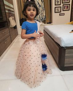 Baby girl dresses for wedding sweets 17 Ideas Kids Party Wear Dresses, Kids Dress Wear, Kids Gown, Little Girl Dresses, Girls Dresses, Kids Party Wear Frocks, Baby Dresses, Indian Dresses For Kids, Kids Indian Wear