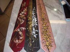 Risultati immagini per cravatte dipinte a mano