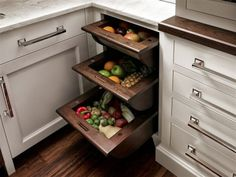Veggie/Fruit Drawers