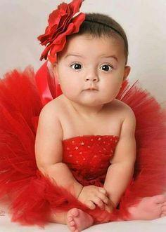 Adorable Baby girl in red tutu and headband Precious Children, Beautiful Children, Beautiful Babies, Daddys Princess, Little Princess, Little Babies, Cute Babies, Red Tutu, Foto Baby