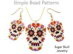 This Sugar Skull bead pattern will show you how to make a Day of the Dead Sugar Skull earrings, necklace and brooch pin using peyote stitch design Sugar Skull Jewelry, Sugar Skull Earrings, Halloween Schmuck, Halloween Jewelry, Halloween Halloween, Vintage Halloween, Halloween Makeup, Halloween Costumes, Beaded Earrings