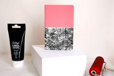 Carnet Moleskine rose bonbon linogravé - pink book