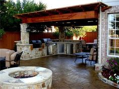 backyard outdoor kitchen desgin | Outdoor Living TexasOutdoor KitchensHard Rock Concrete Company ...