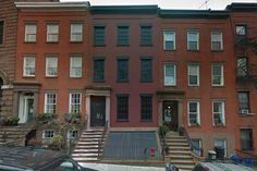 """There are """"fake"""" buildings in the city that are used for subway maintenance and ventilation. The building below in the middle, located in Brooklyn, has a fake facade. There is no brownstone within. Buzz Feed"""