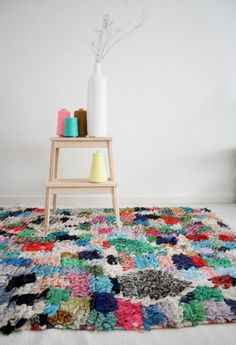 Moroccan boucherouite rug https://www.etsy.com/shop/pinkrugco Love the colour combination on the stool!