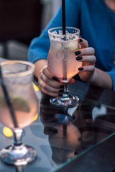 #коктейль #мохито #кафе #бар #ресторан #маникюр #cocktail #cafe #pink #blue Hurricane Glass, Photo And Video, Tableware, Instagram, Ideas, Dinnerware, Tablewares, Dishes, Thoughts