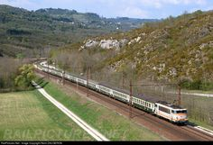 RailPictures.Net Photo: BB 25186 SNCF BB 25150 at Virieu-le-Grand, France by Remi DAUGERON