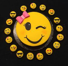 emoji wink cake with emoji cupcakes 10th Birthday, Birthday Parties, Birthday Cake, Emoji Cake, Girl Emoji, Savoury Cake, Cupcake Cookies, Mini Cakes, Cake Pops
