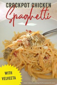 Crockpot Chicken Spaghetti with Velveeta - Skip The Housework Are you looking for crockpot chicken recipes for kids? Among our family favorites for crockpot chic Chicken Spaghetti Velveeta, Chicken Spaghetti Recipe Crockpot, Huhn Spaghetti, Chicken Pasta, Kid Friendly Crockpot Recipes, Cooking Recipes, Crockpot Meals, Family Recipes, Drink Recipes