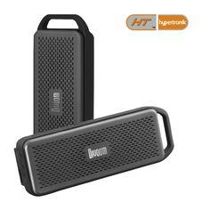 """Cornetas con tecnología """"PO Bass"""" que permiten bajos más profundos y fuertes. Micro Drivers para sonidos pulsantes sin distorsión de cualquier género de música. Batería interna recargable, con duración de 6 horas y media aproximadamente. Lector TransFlash/micro-SD y puerto USB que la convierten en Corneta Inalámbrica. Entradas de 3.5 mm para Audio y Audífonos, FM Radio."""