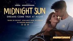 """Even if it is short-lived? Just! So they let the molecules dance in the meek teenage romance """"Midnight Sun- Everything for you"""" (2018), which is now shown for the first time on VOX on free TV. If only briefly. Latest Hollywood Romantic Movies, Romantic Movies Online, Midnight Sun Trailer, Midnight Sun Full Movie, 2018 Movies, Hd Movies, Films, Teen Romance, Summer Romance"""