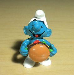 Burger Smurf Hamburger Vintage Smurfs Figure Schlumpf W Berrie HK 20158 2.0158