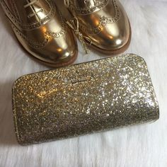 Kate Spade Glitter Case Kate Spade glitter bug Ezra cosmetic case. Faux leather. Top zip closure. 14 karat gold plated hardware. Patent glitter detail. Shiny gold glitter color. Price firm. kate spade Bags Cosmetic Bags & Cases