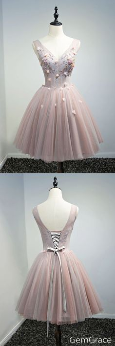V-neck lace and tulle prom party dress. #GemGrace