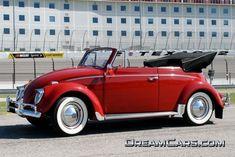 Awesome Volkswagen ~~~~*My DREAM Car*~~~~ 1961 Volkswagen Beetle Convertible. 1961 was a good year ! Volkswagen Beetle Cabriolet, Vw Cabrio, Volkswagen Bus, Vw Camper, Lamborghini, Ferrari, My Dream Car, Dream Cars, Kombi Hippie