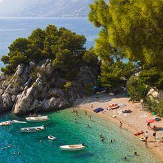 Kies- anstatt Sandstrand gibt es in Kroatien, auf der Insel Istrien. Hier liegt unser preisgekrönter Campingplatz Camping Lanterna. Mehr über Camping Lanterna erfahrt Ihr auf unserer Homepage. Wir freuen uns auf Euren Besuch! http://www.canvasholidays.de/kroatien/kroatien/cr01z/camping-lanterna