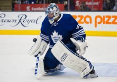 Toronto Maple Leafs' goaltender Jonathan Bernier makes a save against the Pittsburgh Penguins during third period NHL action, in Toronto, on Saturday, Oct. 31, 2015. (Kevin Van Paassen/The Canadian Press via AP)