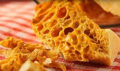 Souvenir d'enfance... On craque littéralement pour cette tire-éponge maison trop facile à faire Honeycomb Candy, Fudge Brownies, No Cook Meals, Baked Goods, Biscuits, Waffles, Deserts, Dessert Recipes, Food And Drink