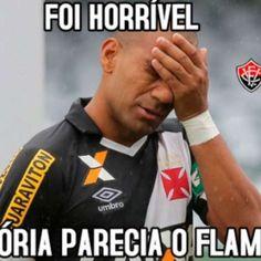 Rivais não perdoam queda do Vasco e enchem a web com memes