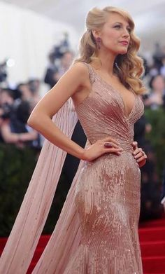 Blake Lively's Hollywood waves straight from the Met Gala Red Carpet.