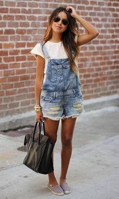 Look Jardineira + Blusa