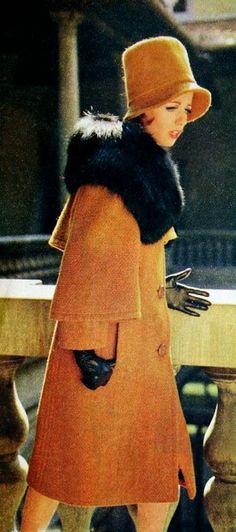 Magdorable! Orange wool winter coat with black fur collar by Enzo, Rosita (Dutch) September 1963