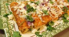 These Authentic Mexican Chicken Enchiladas with Red Sauce (Enchiladas de Pollo) are tasty and super simple to make. With just a few ingredients and steps, you will soon be eating authentic Mexican chicken enchiladas with red sauce too! Authentic Mexican Chicken Recipes, Mexican Chicken Mole, Mexican Grilled Chicken, Shredded Chicken Recipes, Mexican Food Recipes, Dinner Recipes, Mexican Dishes, Mexican Enchiladas, Chicken Enchiladas