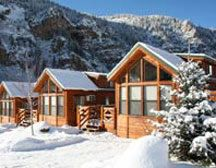 Glenwood Canyon Resort – Located in the spectacular Glenwood Canyon. Dream Vacations, Vacation Spots, Glenwood Canyon, Estes Park Colorado, Hot Springs, Bed And Breakfast, Lodges, The Good Place, Cabins