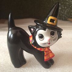 Vintage Hand Painted Halloween Black Cat Figurine by JCNOVELTY