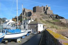 Mont Orgueil from pier with boats - Saint Martin, Jersey - Wikipedia
