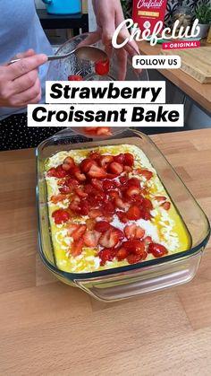 Strawberry Recipes, Fruit Recipes, Sweet Recipes, Dessert Recipes, Fun Baking Recipes, Brunch Recipes, Breakfast Recipes, Cooking Recipes, Food Videos