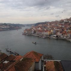 Porto(Portugal) #japanese #trip #traveling #eurotrip #europe #europe_gallery #porto #portugal # #river #clouds #city #altstadt  #oldtown #oldcity #houses #europetravel #douro #douroriver #backpack by kobanao3333