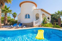Abahana Villa Camelia Calpe Offering an outdoor pool, a garden and a terrace with barbecue facilities, Holiday Villa Camelia offers self-catering accommodation in Calpe, just 1.5 km from Cala de la Fossa.