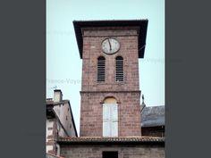 San Juan de Pie de Puerto: Saint-Jean-Pied-de-Port: El campanario de Notre-Dame-du-Bout-du-Pont - France-Voyage.com