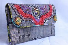 Riciclo creativo: borse fai fa te con vecchi indumenti [FOTO]